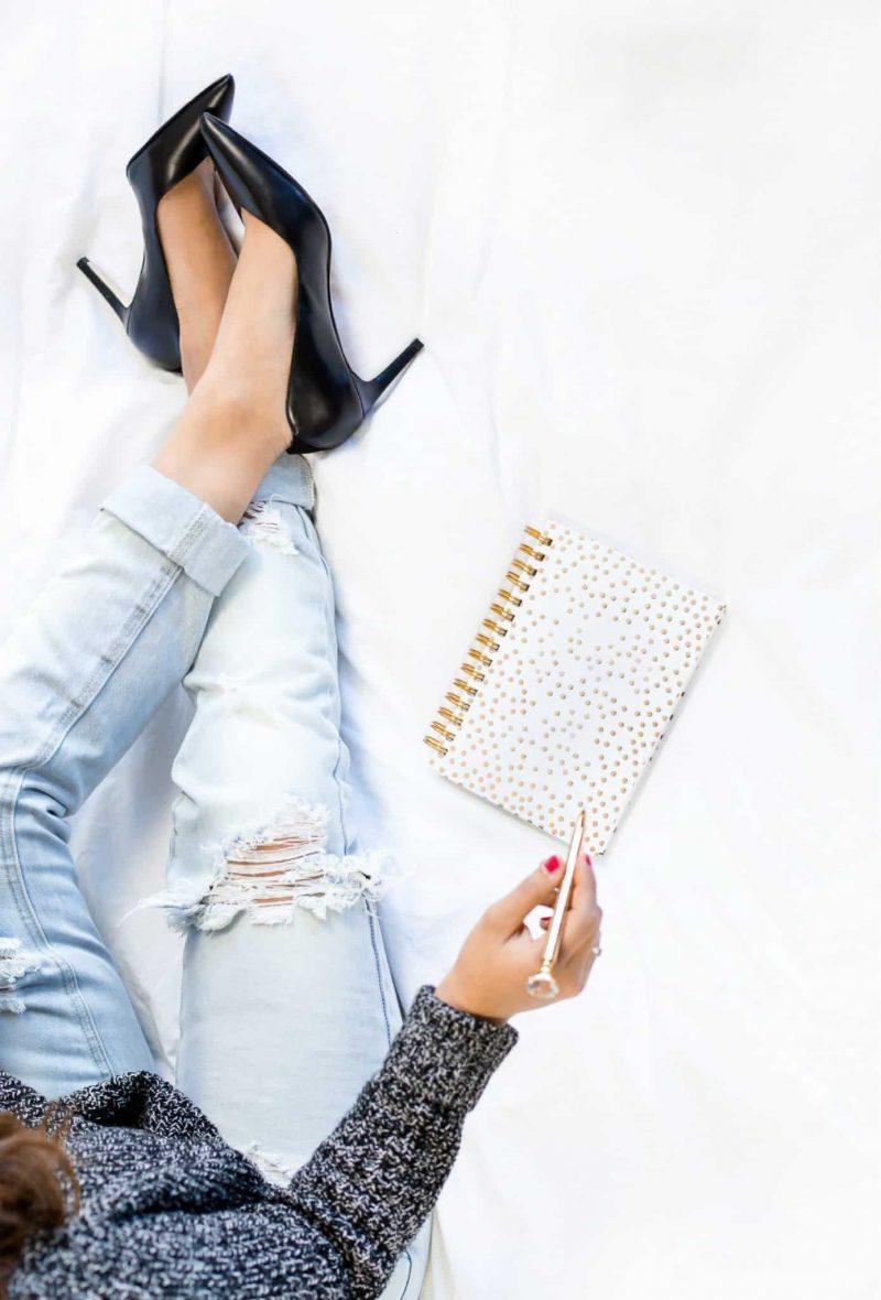 Los 10 Mejores Tips para Administrar tu Tiempo Como Toda Una Girl Boss (Más Un Vistazo a Smile Brilliant!)